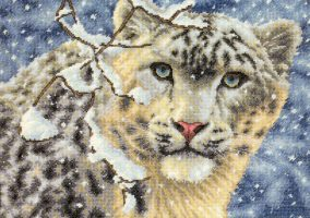 "Bordado ""Leopardo De Nieve"""