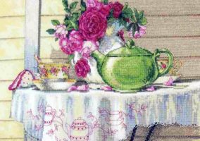"Broderie ""Tea Cottage"""
