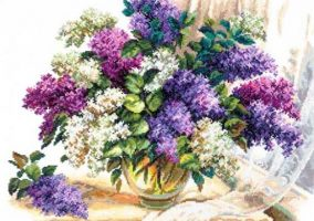 "Вышивка ""The scent of lilacs"""