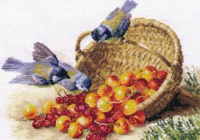 "Вышивка ""Titmouse and cherries"""