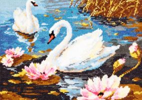 "Embroidery ""Swan couple"""