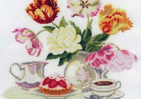 "Embroidery ""Still life with tulips"""